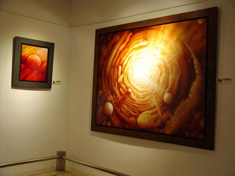 """De la colección """"Cielos siderales"""", obras de Joan Vidal."""