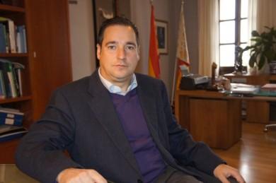 Juan Bautista Roselló Tent, vuelva Vd. a su pueblo, que su futuro en política se acaba